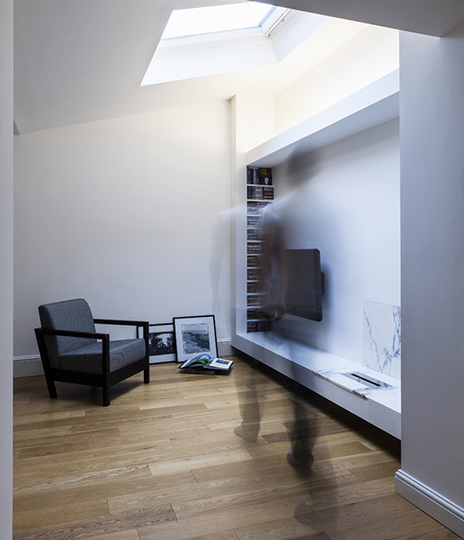 APARTMENT IN AUSTRAL STREET