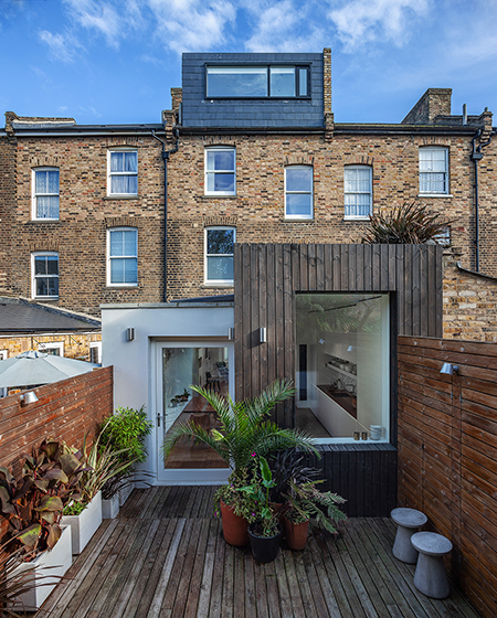 TOWNHOUSE IN BRIXTON